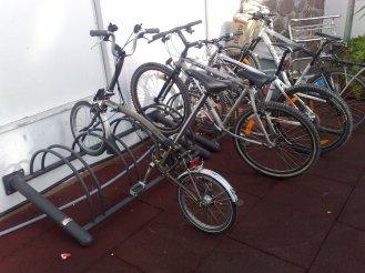 Aparcamiento de bicicletas en Club Marítimo