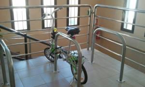 Aparcamiento de bicicletas en Piscina Municipal