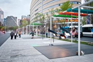 Pardas con columpios y música en Montreal