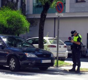 multas-a-coche-en-paso-de-peatones